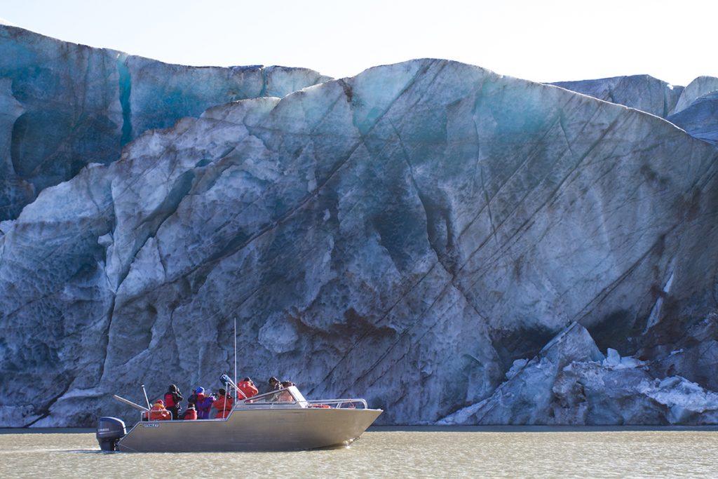 arctic kingdom summer glaciers