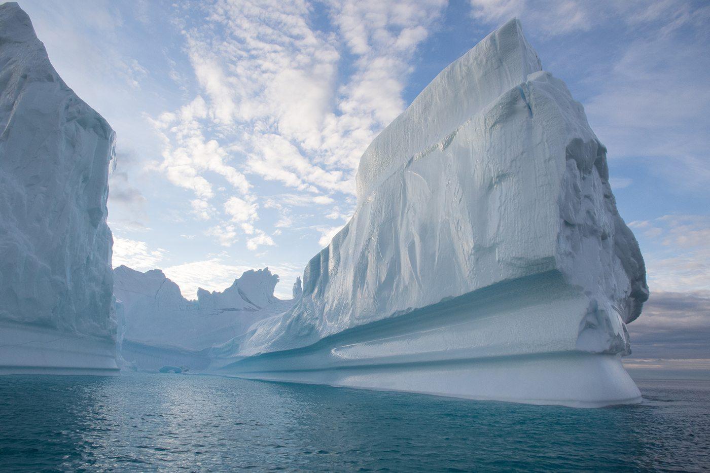 arctic kingdom icebergs glaciers